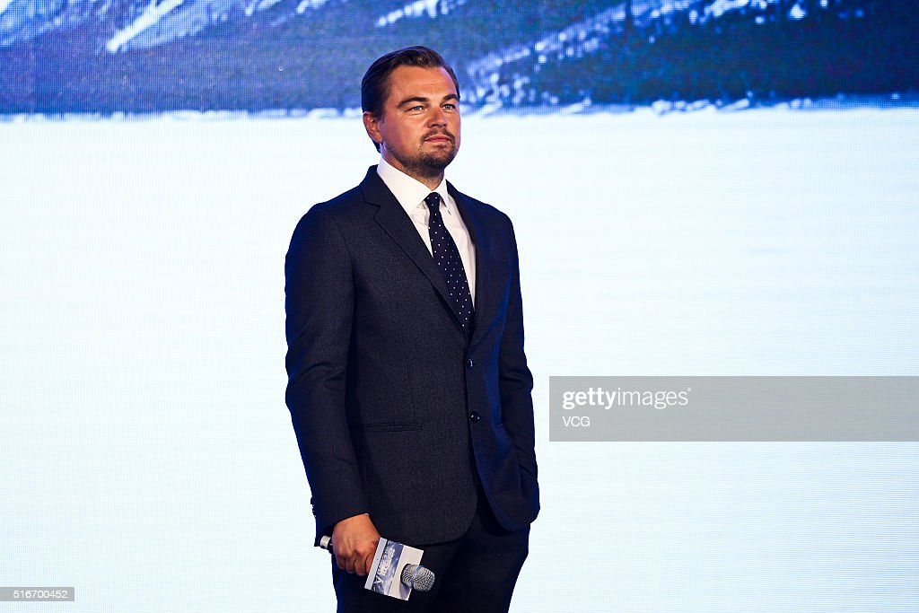 News diverses - Page 28 Actor-leonardo-dicaprio-attends-the-revenant-press-conference-at-park-picture-id516700452