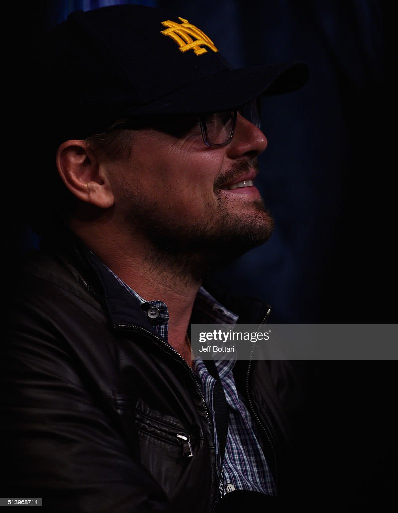 Candids (2016) Actor-leonardo-dicaprio-in-attendance-during-the-ufc-196-event-inside-picture-id513968714
