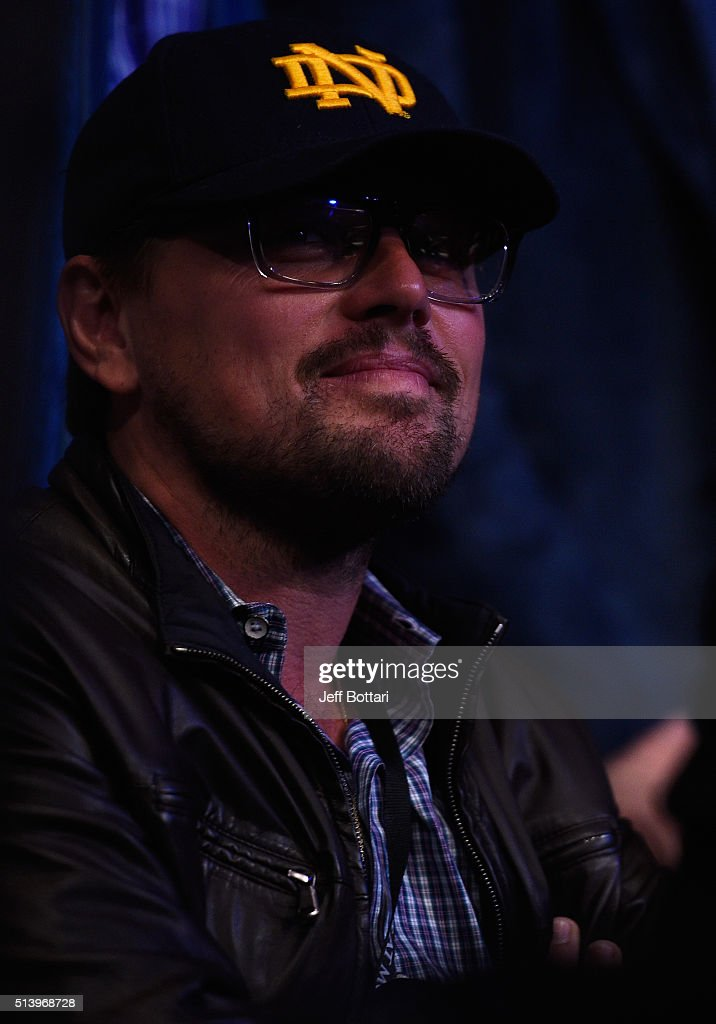 Candids (2016) Actor-leonardo-dicaprio-in-attendance-during-the-ufc-196-event-inside-picture-id513968728