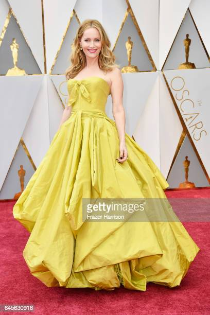 Actor Leslie Mann attends the 89th Annual Academy Awards at Hollywood Highland Center on February 26 2017 in Hollywood California