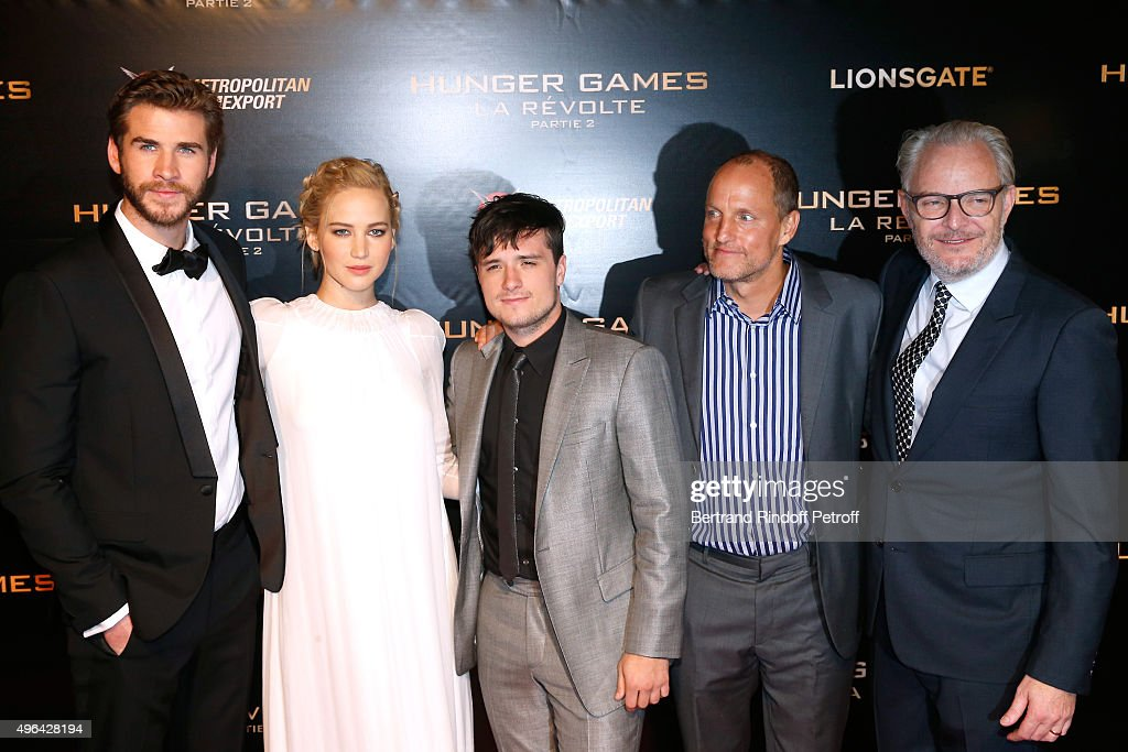 Actor <a gi-track='captionPersonalityLinkClicked' href=/galleries/search?phrase=Liam+Hemsworth&family=editorial&specificpeople=6338547 ng-click='$event.stopPropagation()'>Liam Hemsworth</a>, Actress <a gi-track='captionPersonalityLinkClicked' href=/galleries/search?phrase=Jennifer+Lawrence&family=editorial&specificpeople=1596040 ng-click='$event.stopPropagation()'>Jennifer Lawrence</a>, Actor <a gi-track='captionPersonalityLinkClicked' href=/galleries/search?phrase=Josh+Hutcherson&family=editorial&specificpeople=673588 ng-click='$event.stopPropagation()'>Josh Hutcherson</a>, Director <a gi-track='captionPersonalityLinkClicked' href=/galleries/search?phrase=Francis+Lawrence&family=editorial&specificpeople=224820 ng-click='$event.stopPropagation()'>Francis Lawrence</a> and Actor <a gi-track='captionPersonalityLinkClicked' href=/galleries/search?phrase=Woody+Harrelson&family=editorial&specificpeople=208923 ng-click='$event.stopPropagation()'>Woody Harrelson</a> attend the 'Hunger Games: Mockingjay Part 2' Paris Premiere at Le Grand Rex on November 9, 2015 in Paris, France.