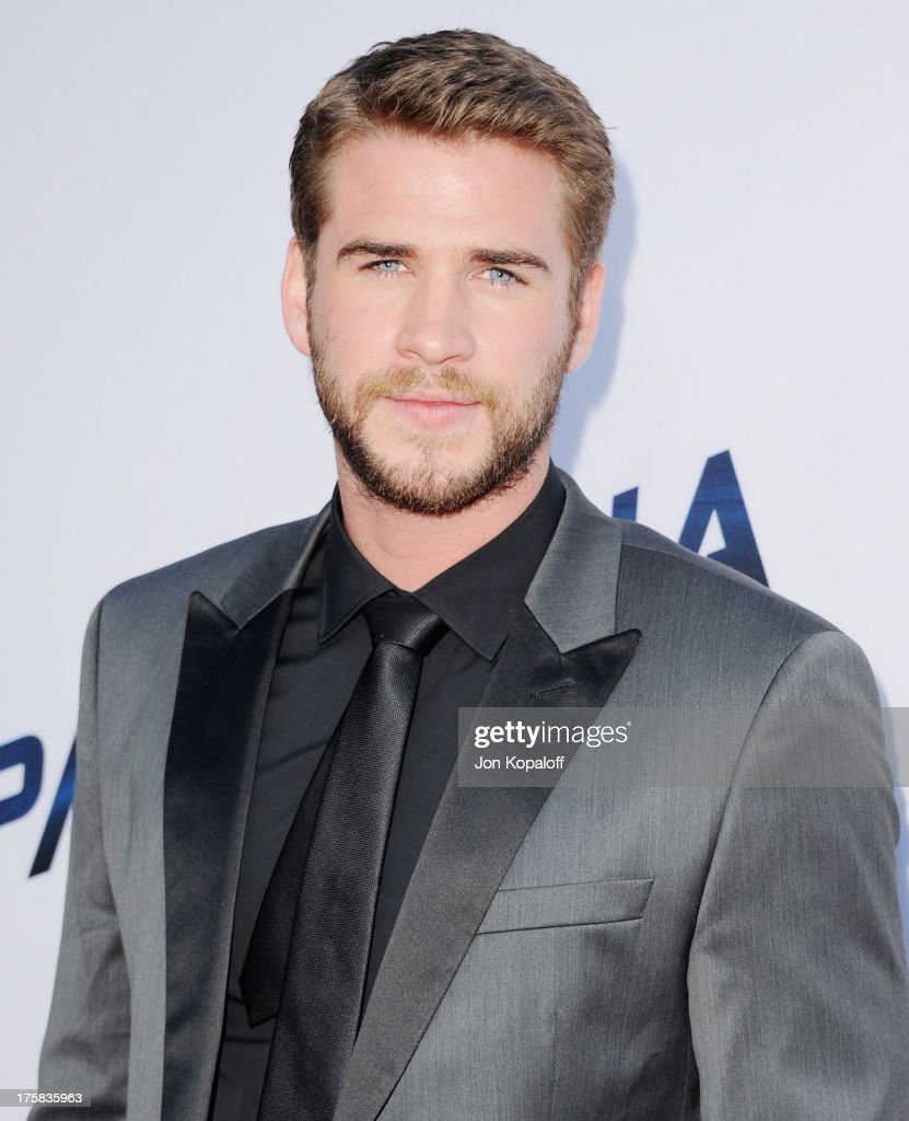 Actor Liam Hemsworth arrives at the Los Angeles Premiere 'Paranoia' at DGA Theater on August 8, 2013 in Los Angeles, California.