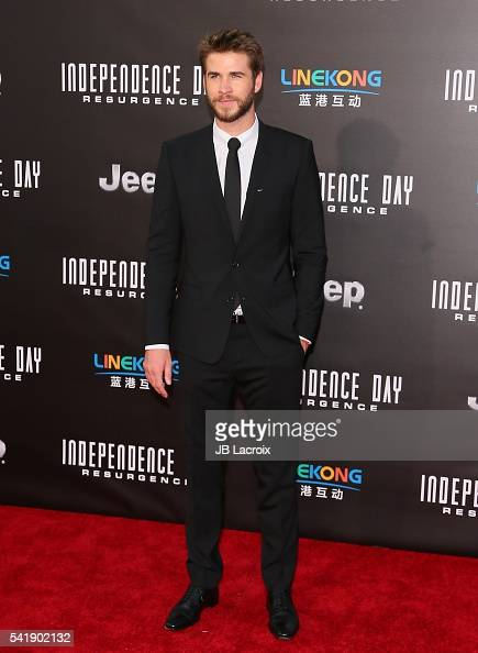 Actor Liam Hemsworth attends the premiere of 20th Century Fox's 'Independence Day Resurgence' at TCL Chinese Theatre on June 20 2016 in Hollywood...