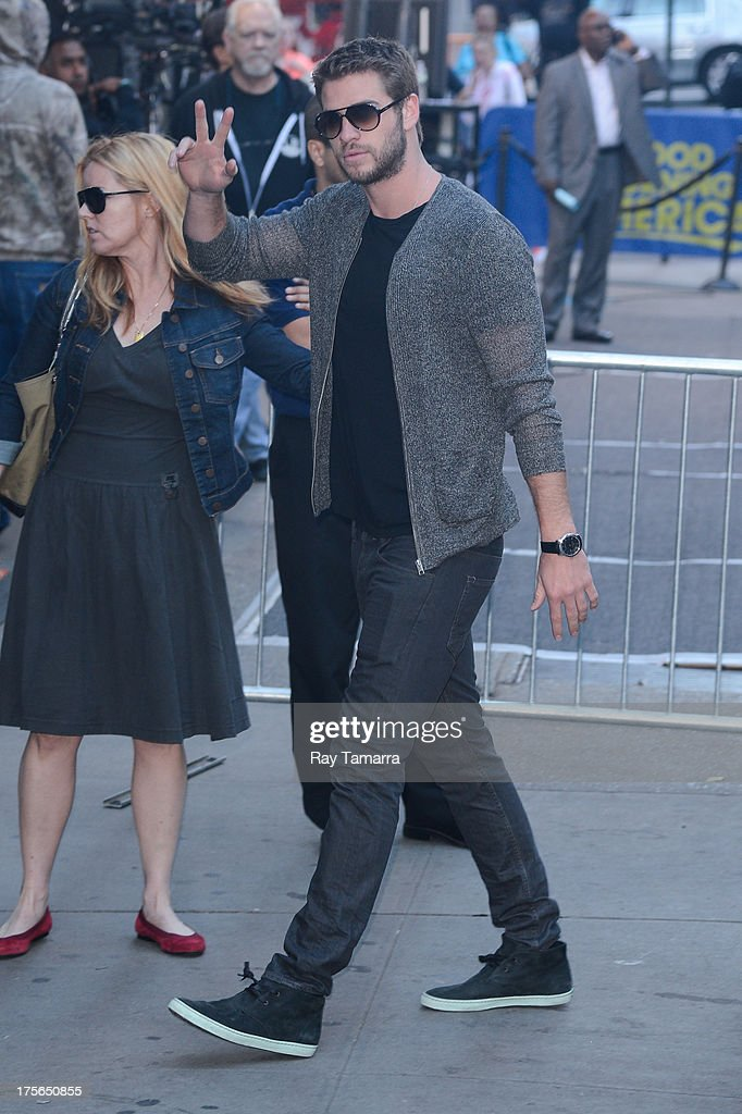 Actor <a gi-track='captionPersonalityLinkClicked' href=/galleries/search?phrase=Liam+Hemsworth&family=editorial&specificpeople=6338547 ng-click='$event.stopPropagation()'>Liam Hemsworth</a> enters the 'Good Morning America' taping at the ABC Times Square Studios on August 5, 2013 in New York City.