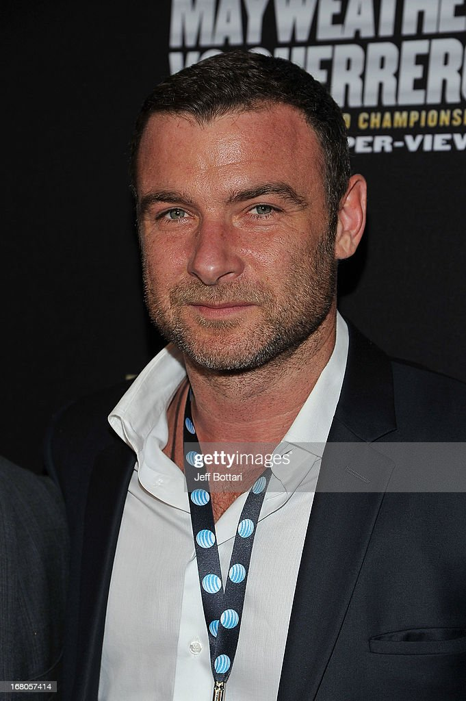 Actor <a gi-track='captionPersonalityLinkClicked' href=/galleries/search?phrase=Liev+Schreiber&family=editorial&specificpeople=203259 ng-click='$event.stopPropagation()'>Liev Schreiber</a> arrives at a VIP pre-fight party at the WBC welterweight title fight between Floyd Mayweather Jr. and Robert Guerrero at the MGM Grand Hotel/Casino on May 4, 2013 in Las Vegas, Nevada.
