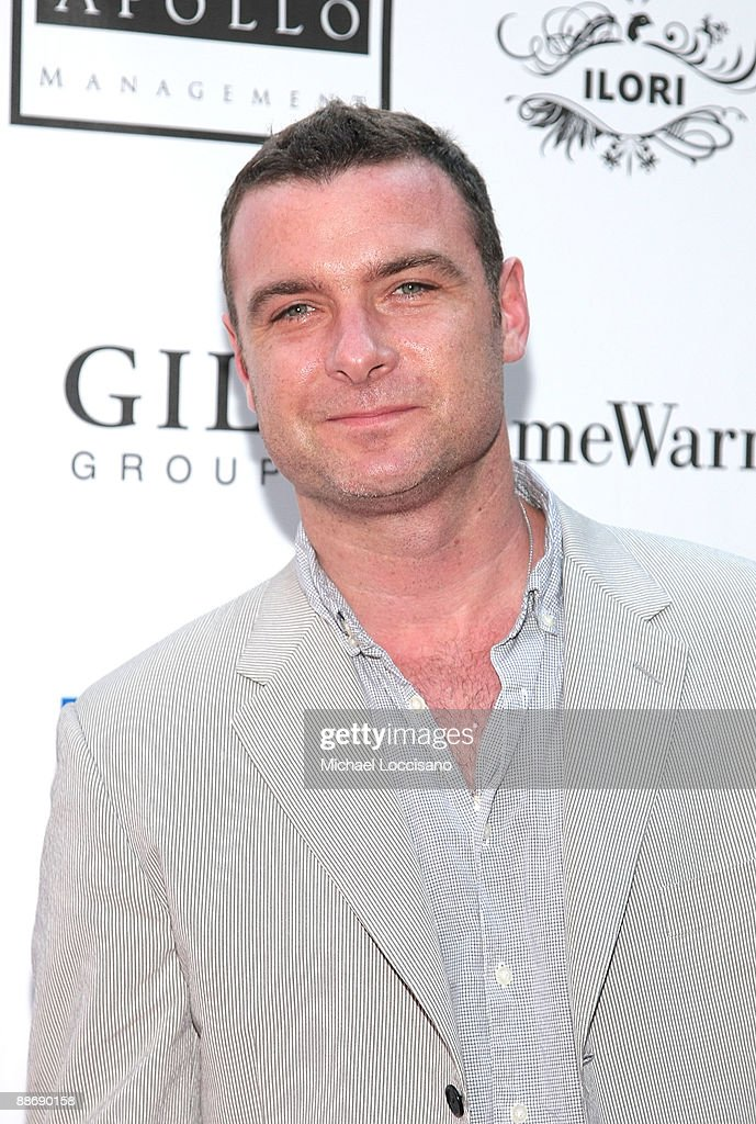 Actor Liev Schreiber attends the 2009 Shakespeare in the Park opening night gala performance of 'Twelfth Night' at the Delacorte Theater on June 25, 2009 in New York City.