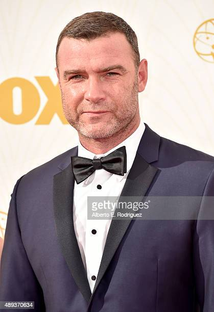 Actor Liev Schreiber attends the 67th Emmy Awards at Microsoft Theater on September 20 2015 in Los Angeles California 25720_001
