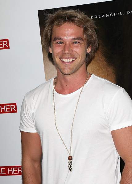 lincoln lewis - photo #24