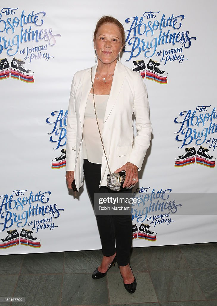 Actor <a gi-track='captionPersonalityLinkClicked' href=/galleries/search?phrase=Linda+Lavin&family=editorial&specificpeople=645189 ng-click='$event.stopPropagation()'>Linda Lavin</a> attends 'The Absolute Brightness Of Leonard Pelkey' Off Broadway Opening Night at The Westside Theatre on July 27, 2015 in New York City.