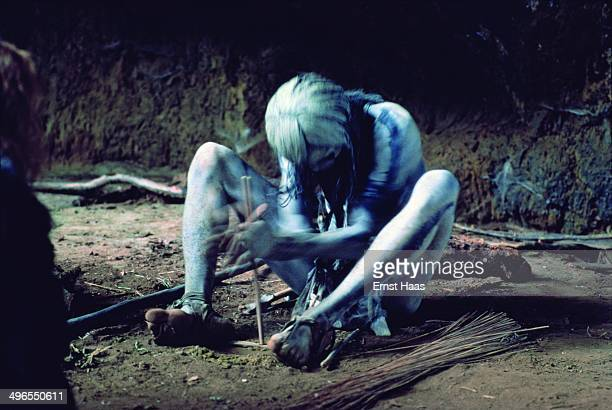 Actor Lolamal Kapisisi in the creation of fire scene during the filming of 'Quest for Fire' 1980
