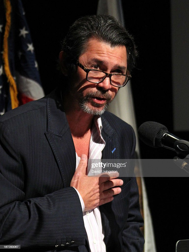 Actor <a gi-track='captionPersonalityLinkClicked' href=/galleries/search?phrase=Lou+Diamond+Phillips&family=editorial&specificpeople=214756 ng-click='$event.stopPropagation()'>Lou Diamond Phillips</a> attends Gene Simmons being honored with the Durning Patriotism Award at the Salute to Veterans event hosted by the California Disabled Veterans Business Alliance at Paramount Studios on November 7, 2013 in Hollywood, California.
