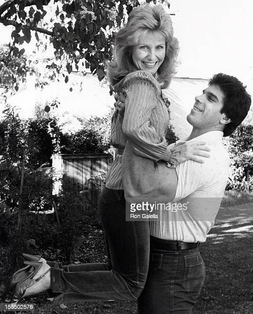Actor Lou Ferrigno and wife Carla Green being photographed on January 21 1982 at his home in Santa Monica California