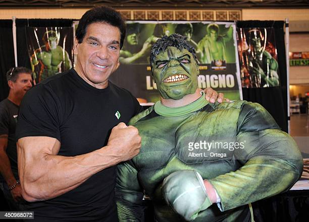 Actor Lou Ferrigno attends Wizard World Philadelphia Comic Con 2014 Day 2 held at Pennsylvania Convention Center on June 20 2014 in Philadelphia...