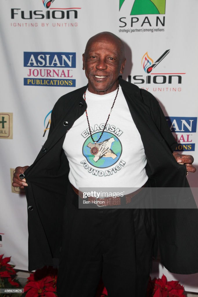 Actor Louis Gossett Jr. attends the Span Philippines Relief And Fusion Global Fundraiser at Malibu West Beach Club on December 15, 2013 in Malibu, California.