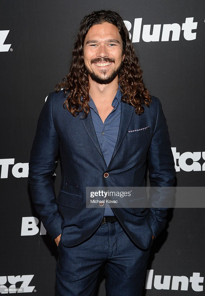 Actor <a gi-track='captionPersonalityLinkClicked' href=/galleries/search?phrase=Luke+Arnold&family=editorial&specificpeople=5991385 ng-click='$event.stopPropagation()'>Luke Arnold</a> attends the STARZ' 'Blunt Talk' series premiere on August 10, 2015 in Los Angeles, California.