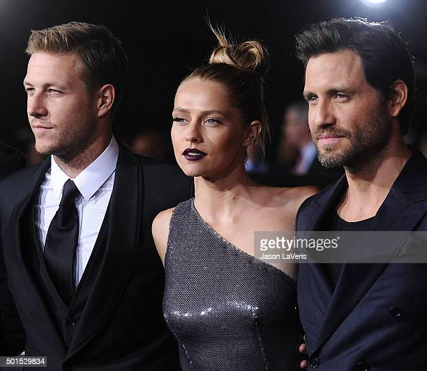 Actor Luke Bracey actress Teresa Palmer and actor Edgar Ramirez attend the premiere of 'Point Break' at TCL Chinese Theatre on December 15 2015 in...