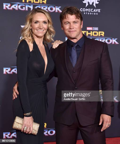 Actor Luke Hemsworth and wife Samantha Hemsworth arrive at the premiere of Disney and Marvel's 'Thor Ragnarok' at the El Capitan Theatre on October...