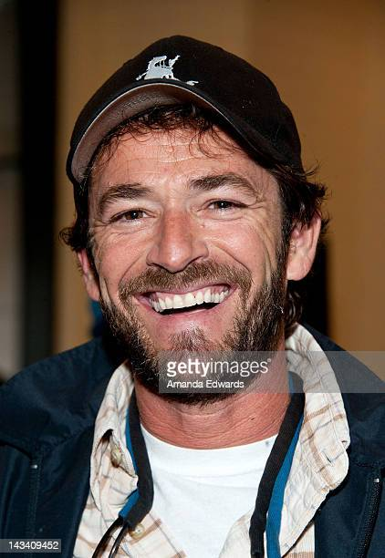 Actor Luke Perry attends the launch party for Nick Santora's new book 'Fifteen Digits' at Barnes Noble bookstore at The Grove on April 25 2012 in Los...