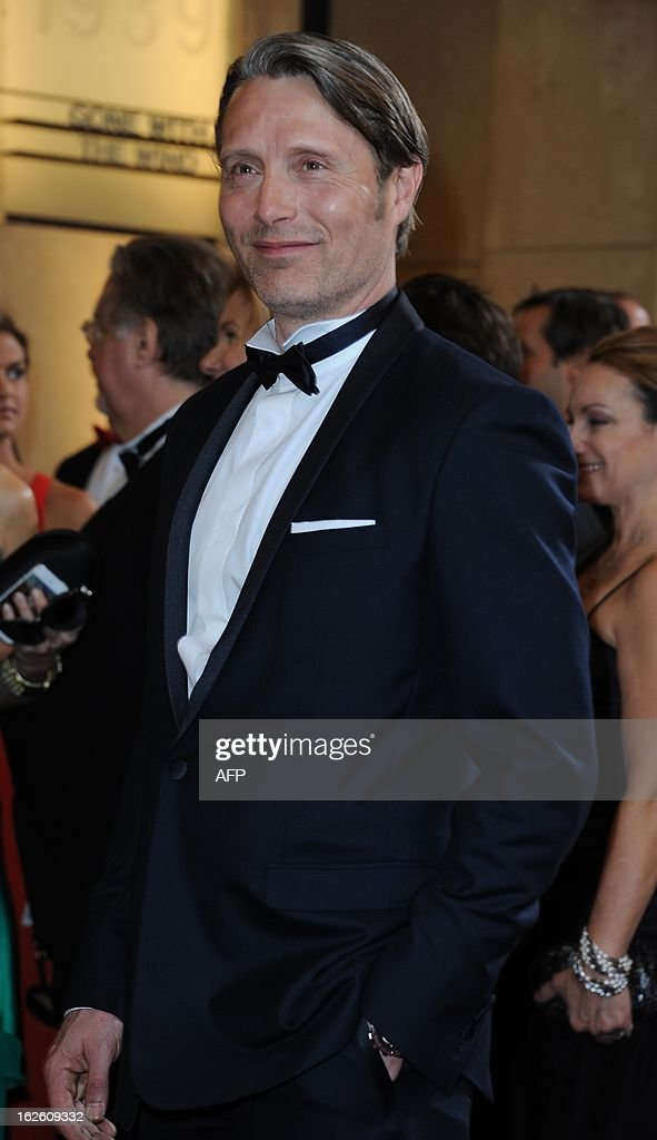 Actor Mads Mikkelsen arrives on the red carpet for the 85th Annual Academy Awards on February 24, 2013 in Hollywood, California. AFP PHOTO/VALERIE MACON