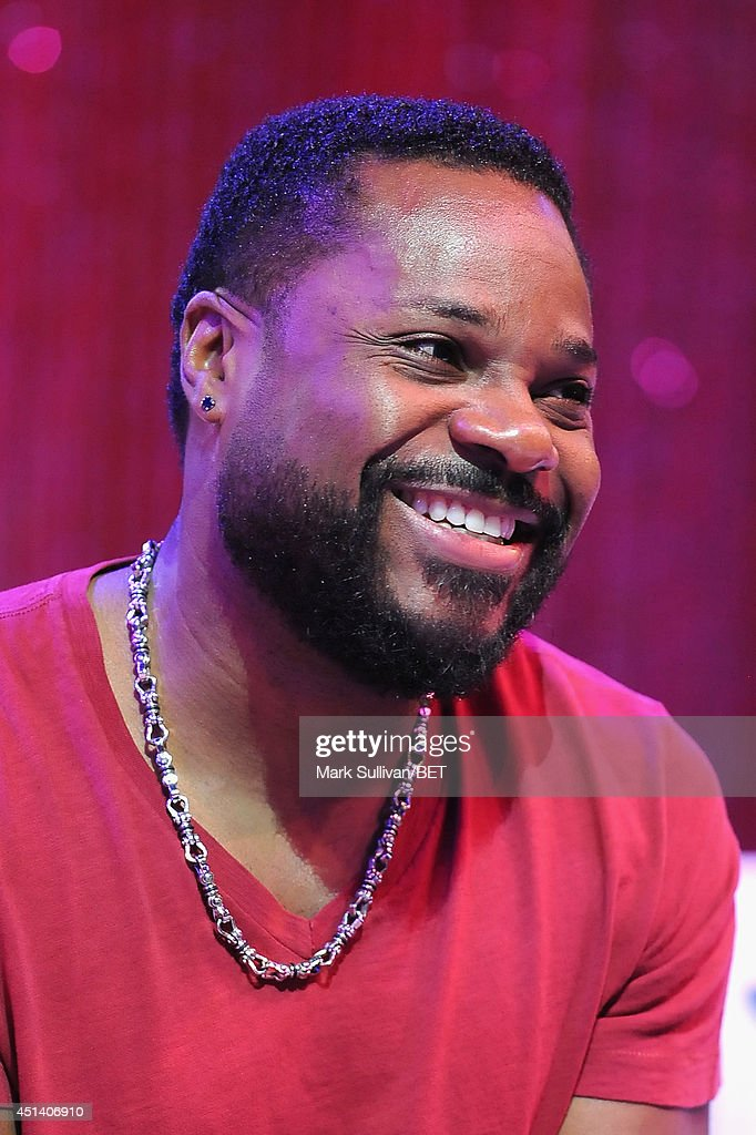 Actor <a gi-track='captionPersonalityLinkClicked' href=/galleries/search?phrase=Malcolm-Jamal+Warner&family=editorial&specificpeople=210531 ng-click='$event.stopPropagation()'>Malcolm-Jamal Warner</a> attends Fan Fest BET and Centric Pavilion - Day 1 during the 2014 BET Experience at L.A. LIVE on June 28, 2014 in Los Angeles, California.