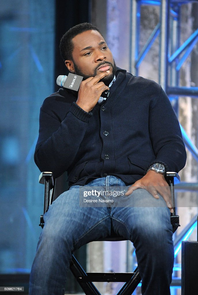 Actor <a gi-track='captionPersonalityLinkClicked' href=/galleries/search?phrase=Malcolm-Jamal+Warner&family=editorial&specificpeople=210531 ng-click='$event.stopPropagation()'>Malcolm-Jamal Warner</a> discusses his role as Al Cowlings in FX's 'American Crime Story: The People vs. OJ Simpson' during AOL Build Speaker Series at AOL Studios In New York on February 12, 2016 in New York City.