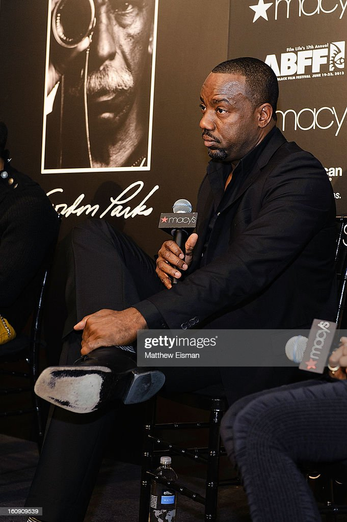 Actor <a gi-track='captionPersonalityLinkClicked' href=/galleries/search?phrase=Malik+Yoba&family=editorial&specificpeople=714316 ng-click='$event.stopPropagation()'>Malik Yoba</a> attends 'In Conversation' Honoring Gordon Parks at Macy's Herald Square on February 7, 2013 in New York City.