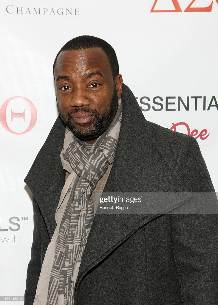 Actor <a gi-track='captionPersonalityLinkClicked' href=/galleries/search?phrase=Malik+Yoba&family=editorial&specificpeople=714316 ng-click='$event.stopPropagation()'>Malik Yoba</a> attends the 'Life's Essentials With Ruby Dee' screening at The Schomburg Center for Research in Black Culture on November 14, 2012 in New York City.