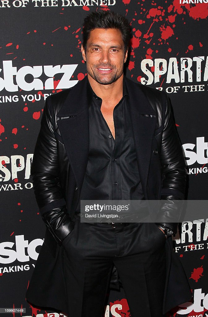 Actor <a gi-track='captionPersonalityLinkClicked' href=/galleries/search?phrase=Manu+Bennett&family=editorial&specificpeople=2223445 ng-click='$event.stopPropagation()'>Manu Bennett</a> attends the premiere of Starz's 'Spartacus: War of the Damned' at Regal Cinemas L.A. Live on January 22, 2013 in Los Angeles, California.