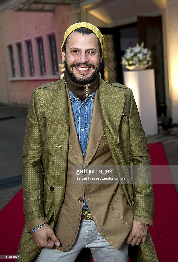 Actor <a gi-track='captionPersonalityLinkClicked' href=/galleries/search?phrase=Manuel+Cortez&family=editorial&specificpeople=638294 ng-click='$event.stopPropagation()'>Manuel Cortez</a> attends the 'Fest der Eleganz und Intelligenz' at Villa Siemens on September 20, 2013 in Berlin, Germany.