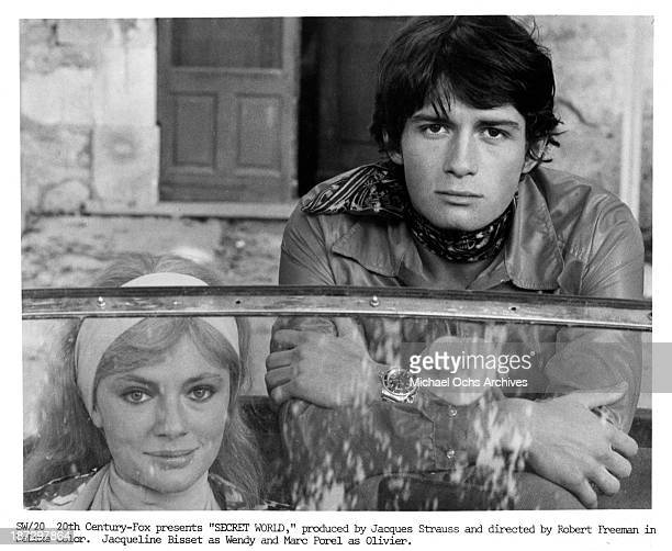 Actor Marc Porel and actress Jacqueline Bisset on set of the 20th CenturyFox movie 'Secret World' in 1969