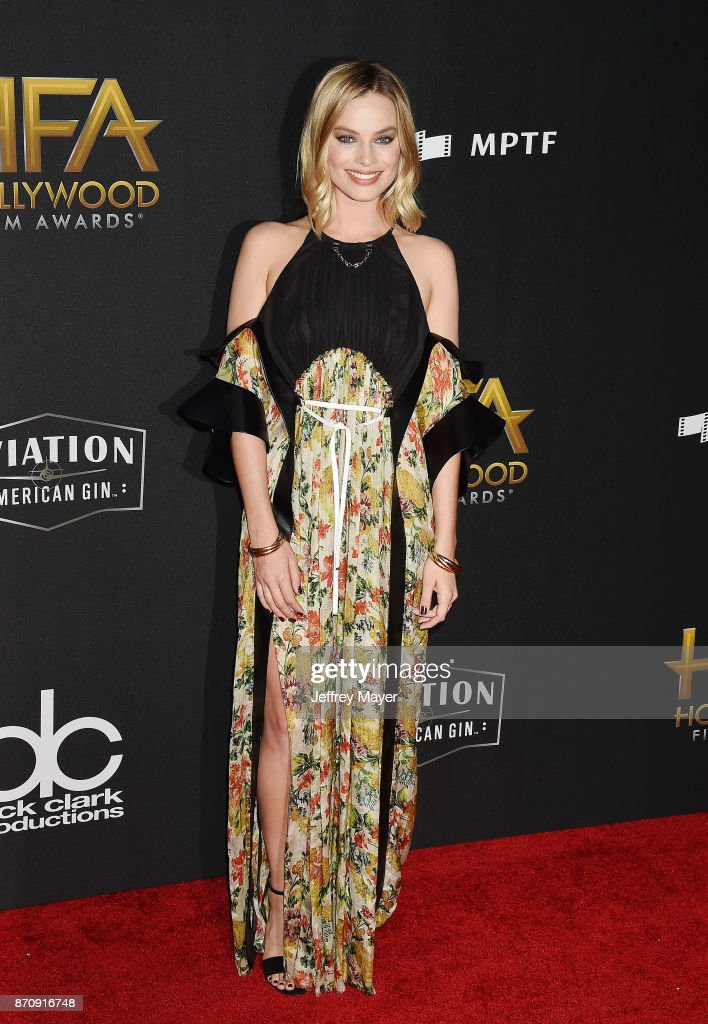 Actor Margot Robbie attends the 21st Annual Hollywood Film Awards at The Beverly Hilton Hotel on November 5, 2017 in Beverly Hills, California.