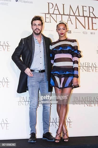 Actor Mario Casas and Actress Berta Vazquez attend 'Palmeras en la Nieve' Madrid Photocall at Palace Hotel on December 16 2015 in Madrid Spain