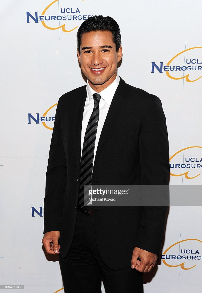 Actor <a gi-track='captionPersonalityLinkClicked' href=/galleries/search?phrase=Mario+Lopez&family=editorial&specificpeople=235992 ng-click='$event.stopPropagation()'>Mario Lopez</a> attends UCLA Department of Neurosurgery's 2010 Visionary Ball at The Beverly Hilton Hotel on October 14, 2010 in Beverly Hills, California.