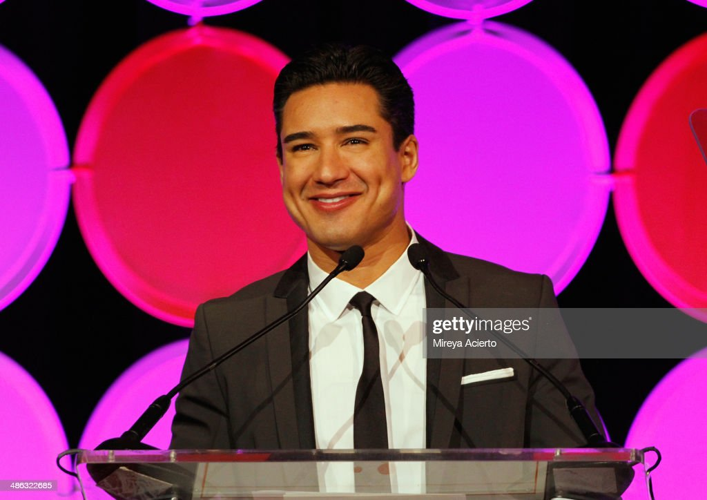 Actor Mario Lopez speaks onstage at The Hispanic Federation Gala cohosted by Mario Lopez at the Waldorf=Astoria on April 23 2014 in New York City