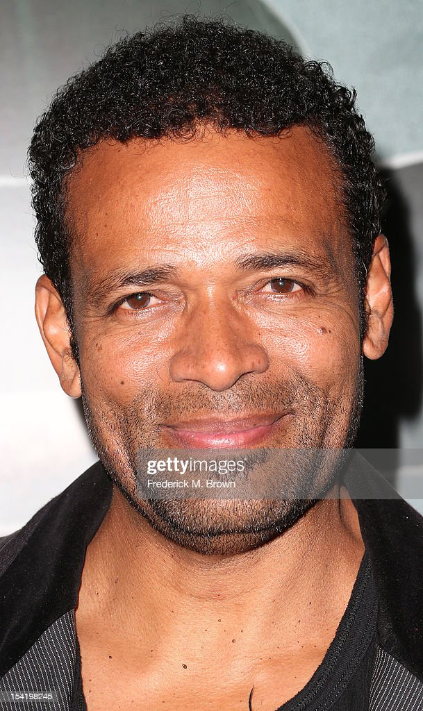 Actor <a gi-track='captionPersonalityLinkClicked' href=/galleries/search?phrase=Mario+Van+Peebles&family=editorial&specificpeople=202599 ng-click='$event.stopPropagation()'>Mario Van Peebles</a> attends the Premiere Of Summit Entertainment's 'Alex Cross' at the ArcLight Cinemas Cinerama Dome on October 15, 2012 in Hollywood, California.