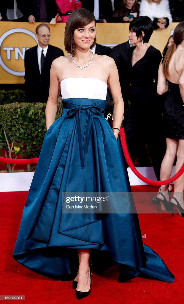 Actor Marion Cotillard arrives at the 19th Annual Screen Actors Guild Awards at the Shrine Auditorium on January 27, 2013 in Los Angeles, California.
