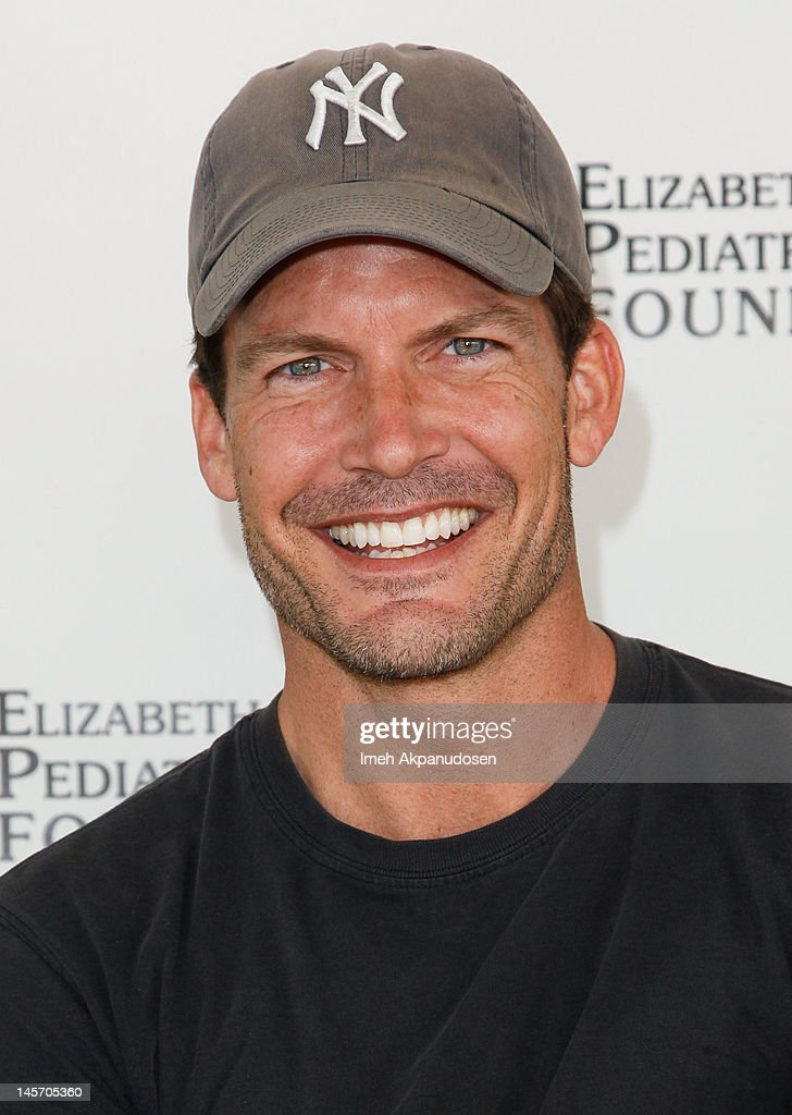 "Elizabeth Glaser Pediatric AIDS Foundation's 23rd Annual ""A Time For Heroes"" Celebrity Picnic - Arrivals"