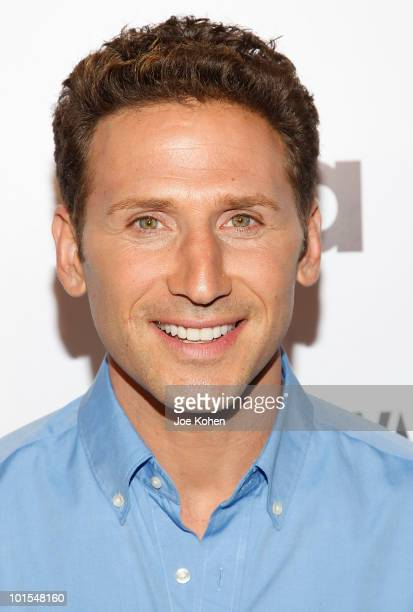 Actor Mark Feuerstein arrives at the USA Network and Vanity Fair 'Royal Pains' Season Two kick off event at Lacoste Fifth Avenue Boutique on June 1...