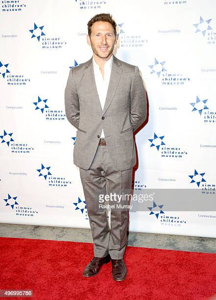 Actor Mark Feuerstein attends the Zimmer Children's Museum Discovery Award Dinner at The Globe Theatre on November 12 2015 in Universal City...