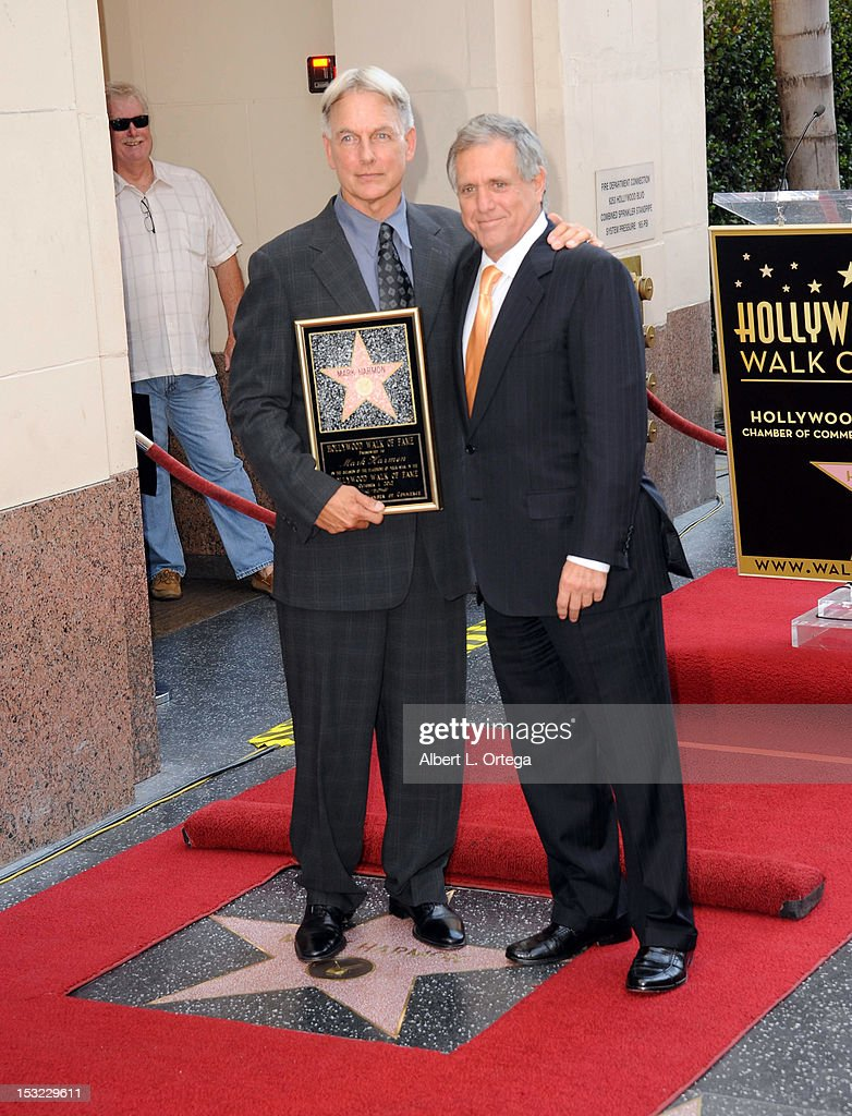 Actor mark Harmon and executive <a gi-track='captionPersonalityLinkClicked' href=/galleries/search?phrase=Les+Moonves&family=editorial&specificpeople=210763 ng-click='$event.stopPropagation()'>Les Moonves</a> participate in the <a gi-track='captionPersonalityLinkClicked' href=/galleries/search?phrase=Mark+Harmon&family=editorial&specificpeople=208897 ng-click='$event.stopPropagation()'>Mark Harmon</a> Star Ceremony on The Hollywood Walk Of Fame on October 1, 2012 in Hollywood, California.