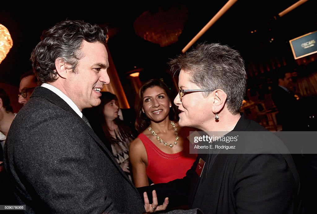 Actor <a gi-track='captionPersonalityLinkClicked' href=/galleries/search?phrase=Mark+Ruffalo&family=editorial&specificpeople=209317 ng-click='$event.stopPropagation()'>Mark Ruffalo</a> (L) and screenwriter <a gi-track='captionPersonalityLinkClicked' href=/galleries/search?phrase=Phyllis+Nagy&family=editorial&specificpeople=817628 ng-click='$event.stopPropagation()'>Phyllis Nagy</a> attend the 88th Annual Academy Awards nominee luncheon on February 8, 2016 in Beverly Hills, California.
