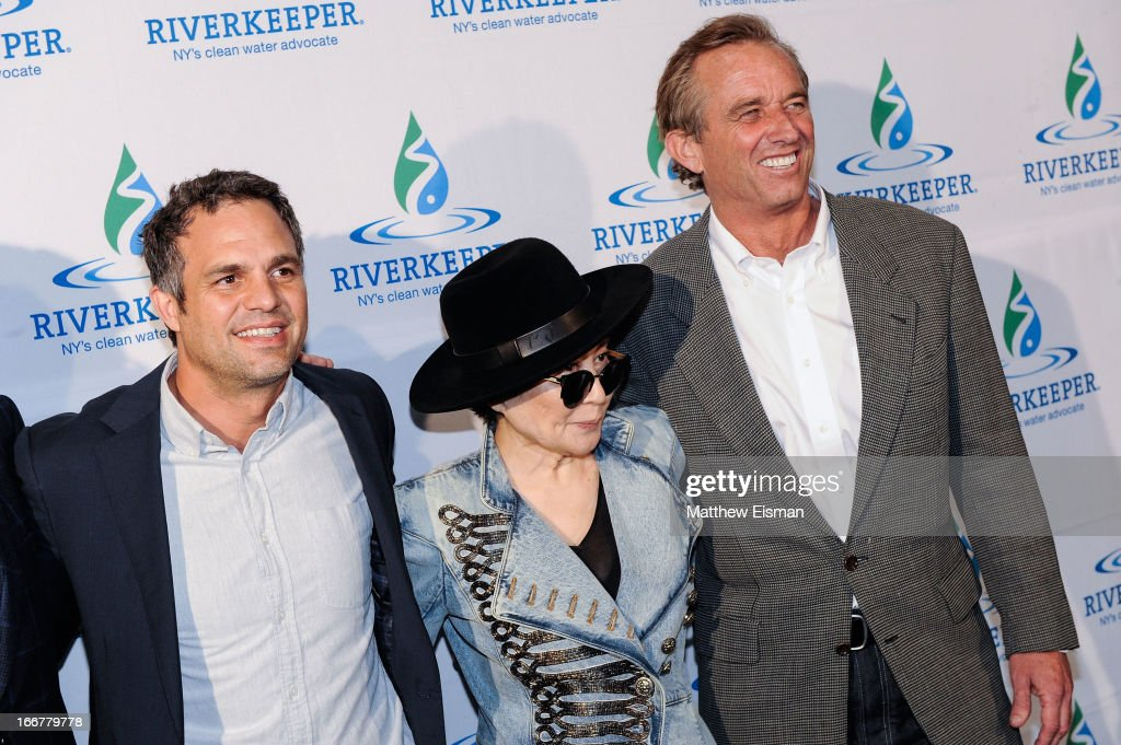 Actor <a gi-track='captionPersonalityLinkClicked' href=/galleries/search?phrase=Mark+Ruffalo&family=editorial&specificpeople=209317 ng-click='$event.stopPropagation()'>Mark Ruffalo</a>, artist <a gi-track='captionPersonalityLinkClicked' href=/galleries/search?phrase=Yoko+Ono&family=editorial&specificpeople=202054 ng-click='$event.stopPropagation()'>Yoko Ono</a> and <a gi-track='captionPersonalityLinkClicked' href=/galleries/search?phrase=Robert+F.+Kennedy+Jr.+-+Environmental+Lawyer&family=editorial&specificpeople=240088 ng-click='$event.stopPropagation()'>Robert F. Kennedy Jr.</a> attend the 2013 Riverkeeper's Fishermen's Ball at Pier 60 on April 16, 2013 in New York City.