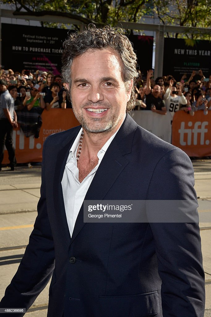 Actor <a gi-track='captionPersonalityLinkClicked' href=/galleries/search?phrase=Mark+Ruffalo&family=editorial&specificpeople=209317 ng-click='$event.stopPropagation()'>Mark Ruffalo</a> attends the 'Spotlight' premiere during the 2015 Toronto International Film Festival at The Elgin on September 14, 2015 in Toronto, Canada.