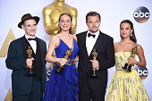 Actor Mark Rylance winner of the award for Best Actor in a Supporting Role for 'Bridge of Spies' actress Brie Larson winner of the award for Best...
