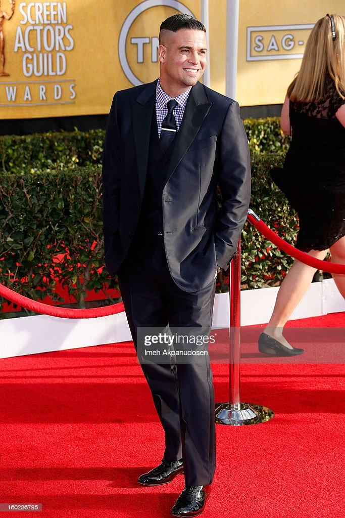Actor Mark Salling attends the 19th Annual Screen Actors Guild Awards at The Shrine Auditorium on January 27, 2013 in Los Angeles, California.