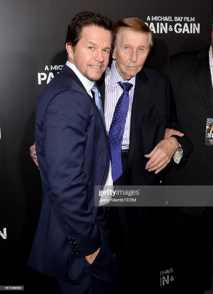 Actor <a gi-track='captionPersonalityLinkClicked' href=/galleries/search?phrase=Mark+Wahlberg&family=editorial&specificpeople=202265 ng-click='$event.stopPropagation()'>Mark Wahlberg</a> (L) and Viacom's <a gi-track='captionPersonalityLinkClicked' href=/galleries/search?phrase=Sumner+Redstone&family=editorial&specificpeople=213192 ng-click='$event.stopPropagation()'>Sumner Redstone</a> arrive at the premiere of Paramount Pictures' 'Pain & Gain' at TCL Chinese Theatre on April 22, 2013 in Hollywood, California.