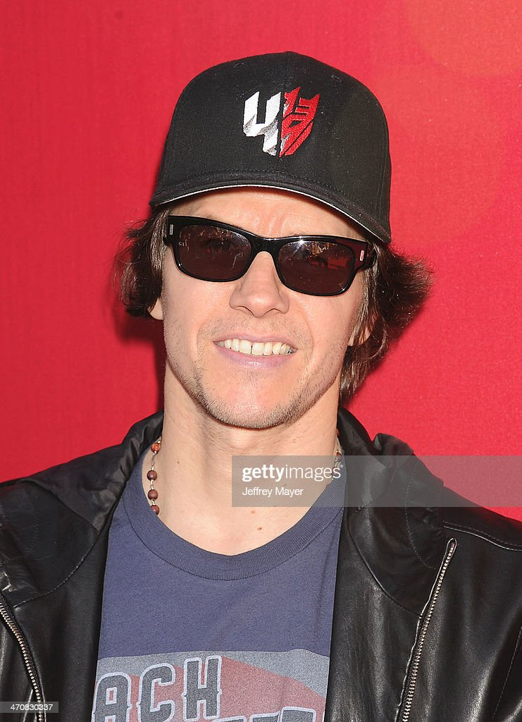 Actor <a gi-track='captionPersonalityLinkClicked' href=/galleries/search?phrase=Mark+Wahlberg&family=editorial&specificpeople=202265 ng-click='$event.stopPropagation()'>Mark Wahlberg</a> arrives at the Los Angeles premiere of 'The Lego Movie' held at Regency Village Theatre on February 1, 2014 in Westwood, California.