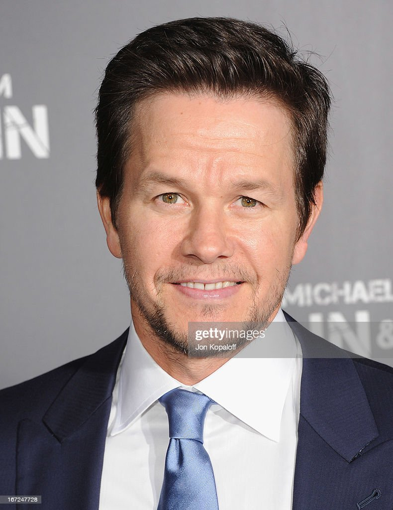 Actor Mark Wahlberg arrives at the Los Angeles Premiere 'Pain & Gain' at TCL Chinese Theatre on April 22, 2013 in Hollywood, California.