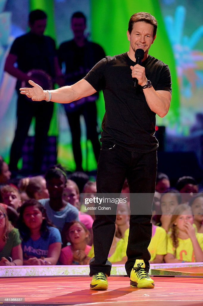 Actor <a gi-track='captionPersonalityLinkClicked' href=/galleries/search?phrase=Mark+Wahlberg&family=editorial&specificpeople=202265 ng-click='$event.stopPropagation()'>Mark Wahlberg</a> speaks onstage during Nickelodeon's 27th Annual Kids' Choice Awards held at USC Galen Center on March 29, 2014 in Los Angeles, California.