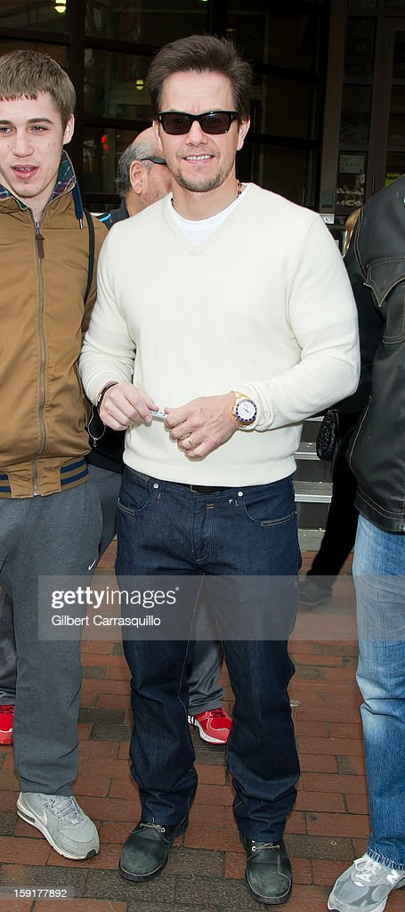 Actor Mark Wahlberg visits at FOX 29 Studio to promote his new movie 'Broken City' on January 9, 2013 in Philadelphia, Pennsylvania.
